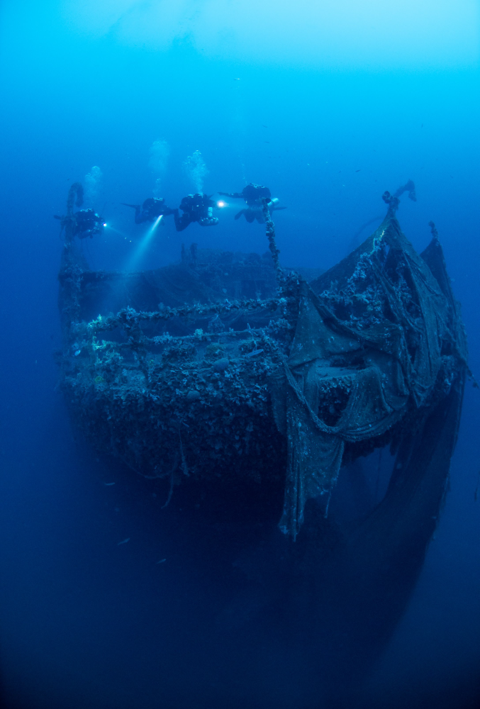 Technical diving - ship wreck