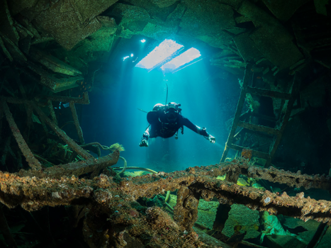million hope wreck diving